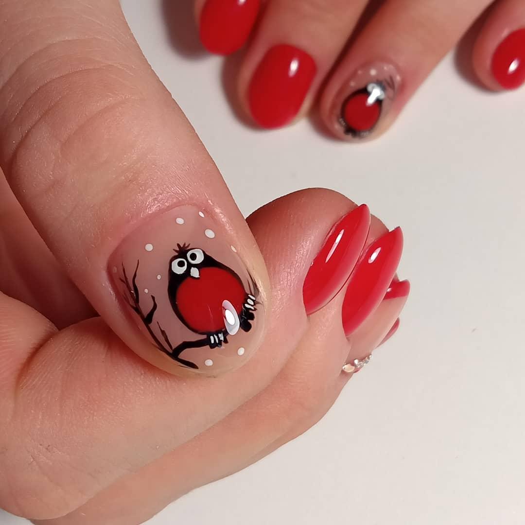 Красный маникюр с рисунком Снегирь 🥰