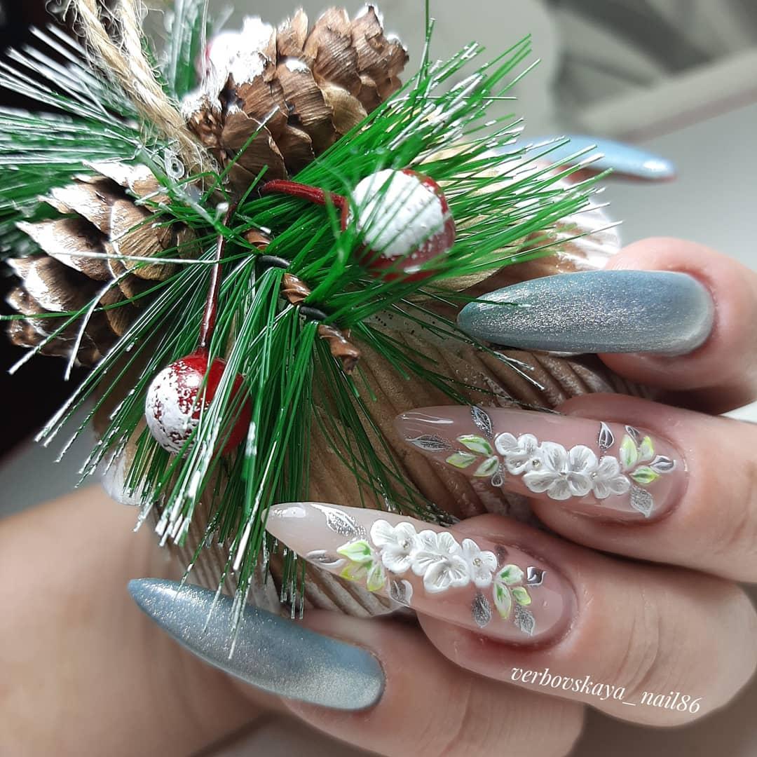 Нежный дизайн ногтей, лепка +роспись