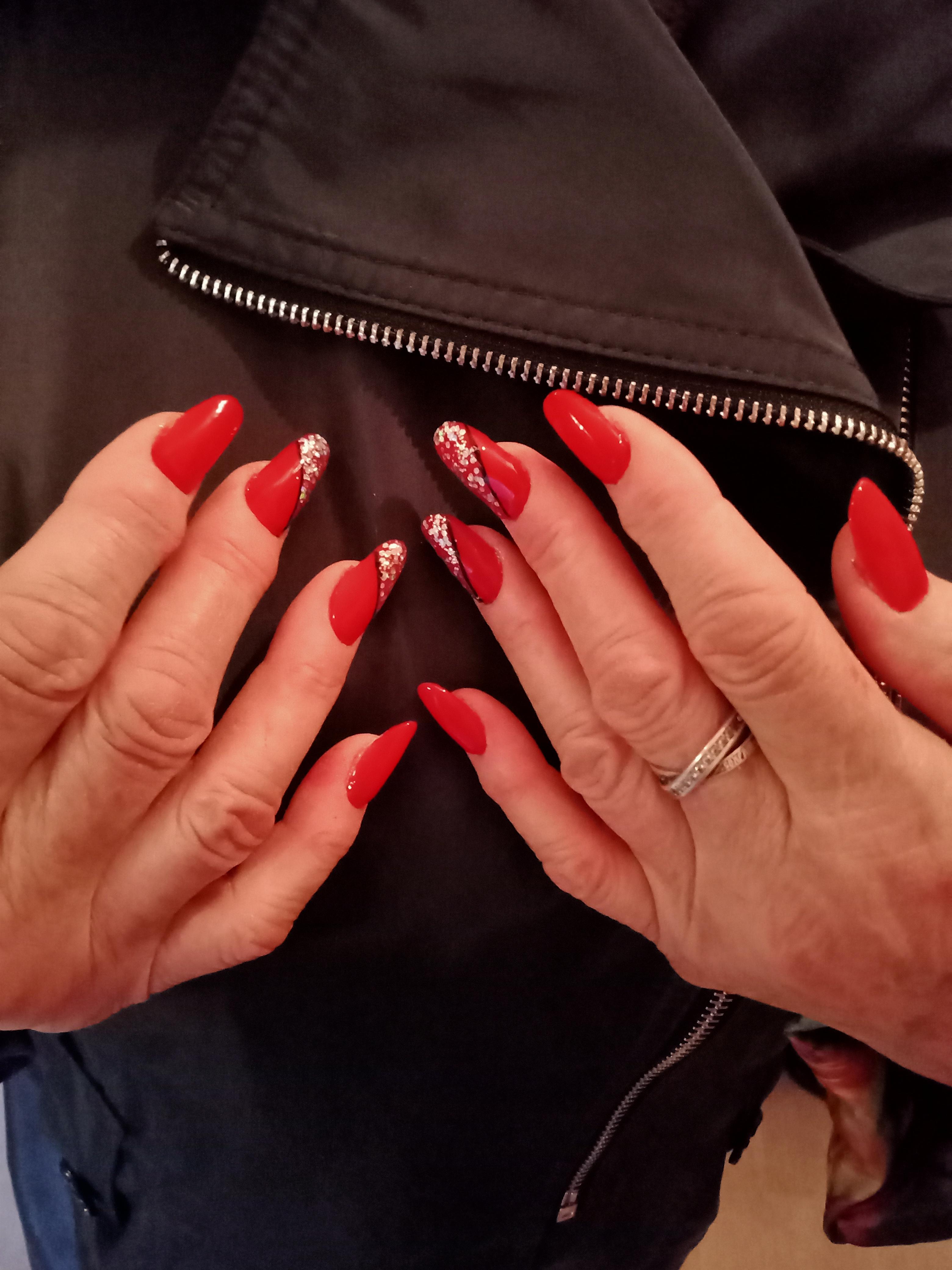 Возрастные руки 65 лет, наращивание полигелем. Я ученик 🙈