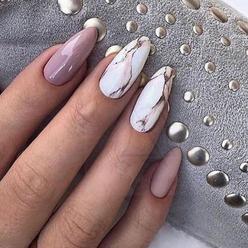 Можно самостоятельно придать ногтям любую форму.