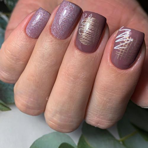 Учитесь на курсах маникюра и сможете делать такой дизайн ногтей.
