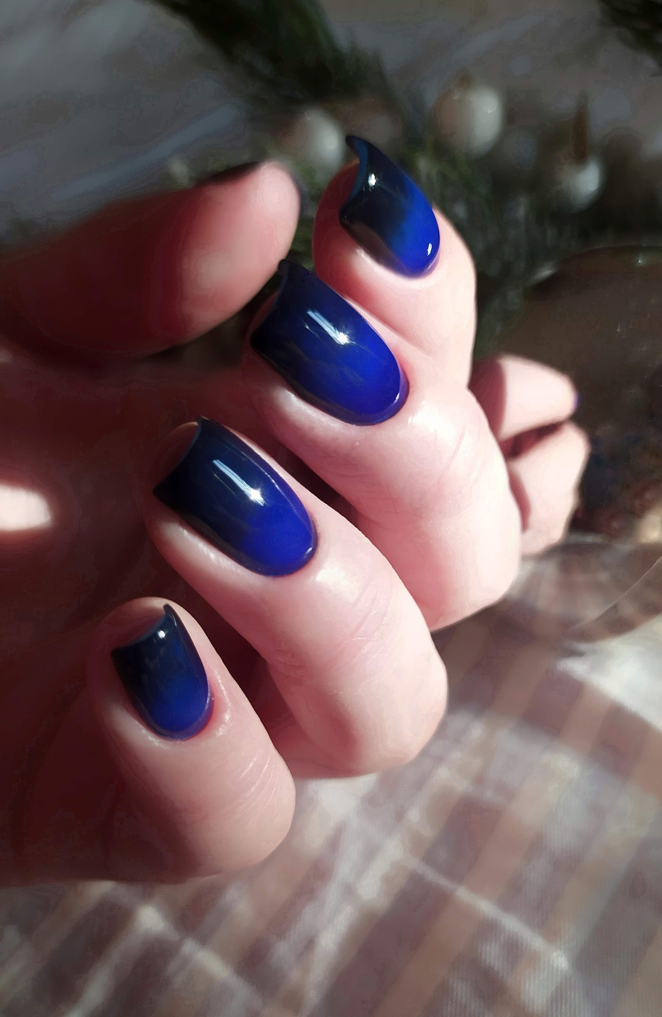Сине-черный градиент