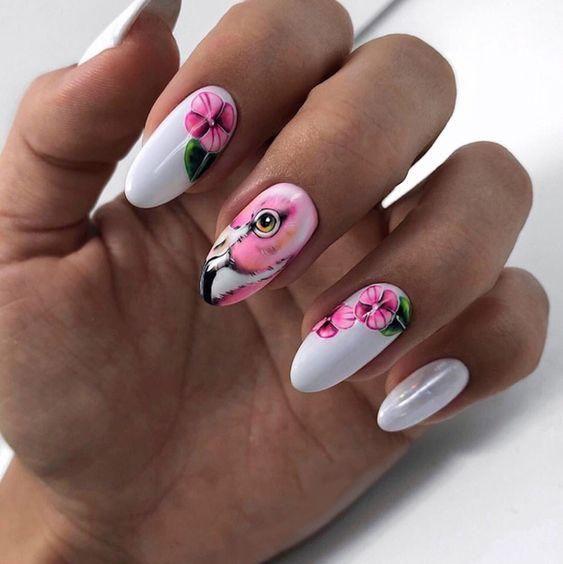 Маникюр с фламинго и втиркой на длинные ногти.