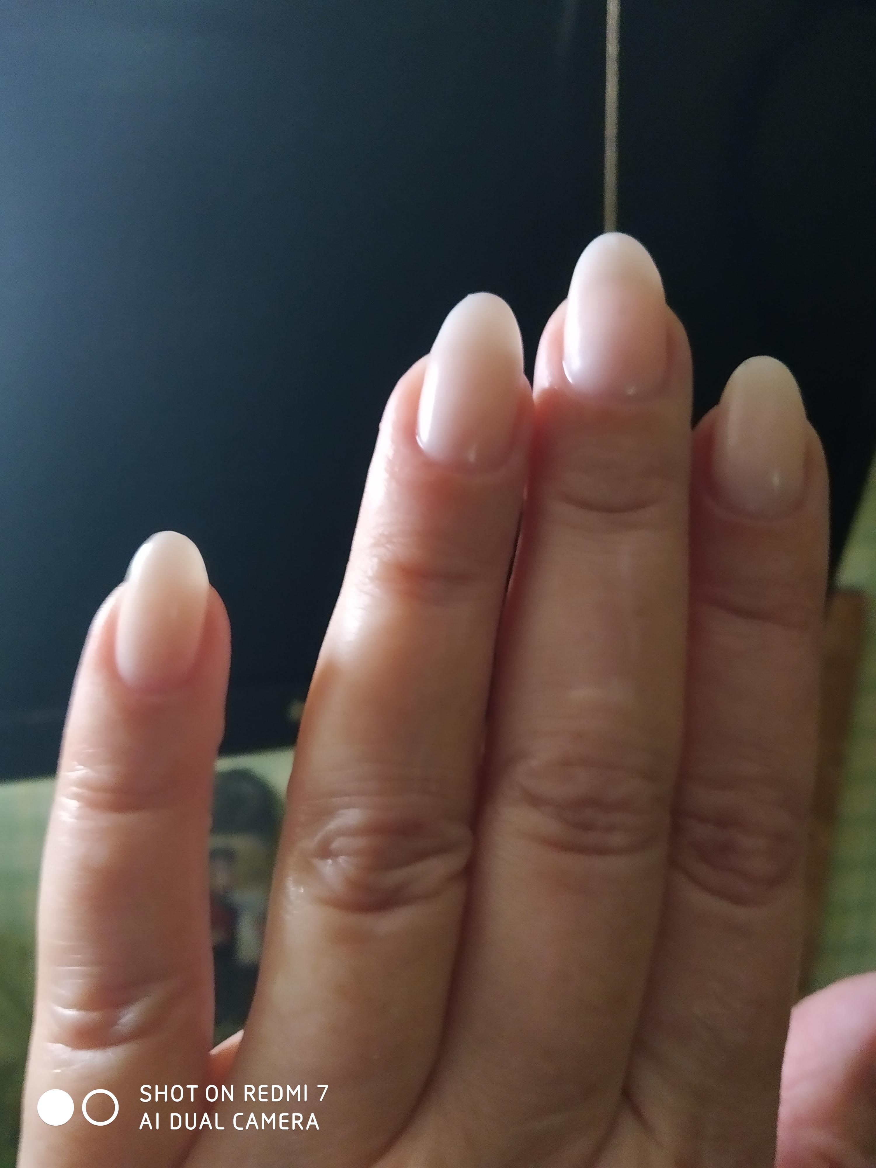Свои ногти, простой и нежный