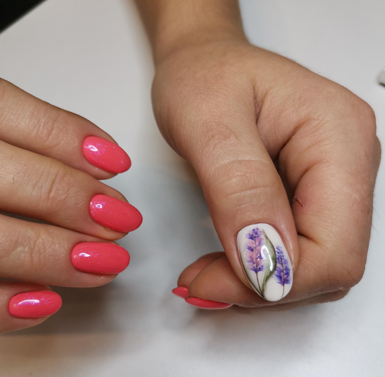 Роспись на большом ногте акварелью 🤗